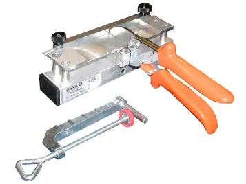 Hand-held shears for Z-splices