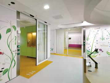 Linoleum Vloer Onderhoud : Installatie onderhoud forbo flooring systems