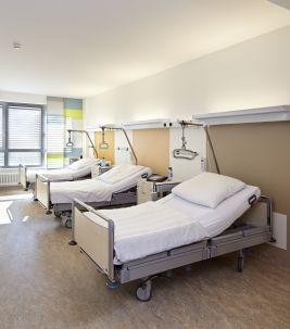 Forbo_Vincenz-Krankenhaus_Paderborn_Fotograf_Matthias-Groppe_Paderborn_267x303_(001)