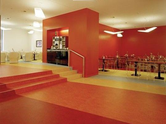 Linoleum in Hotels