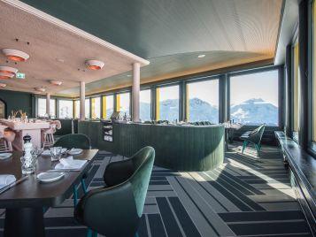 Forbo_White-Marmot-Restaurant_357x268