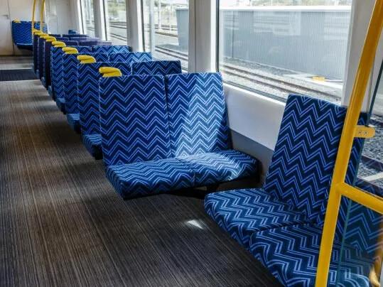 Auckland Transport tågvagn med Tessera textilmatta