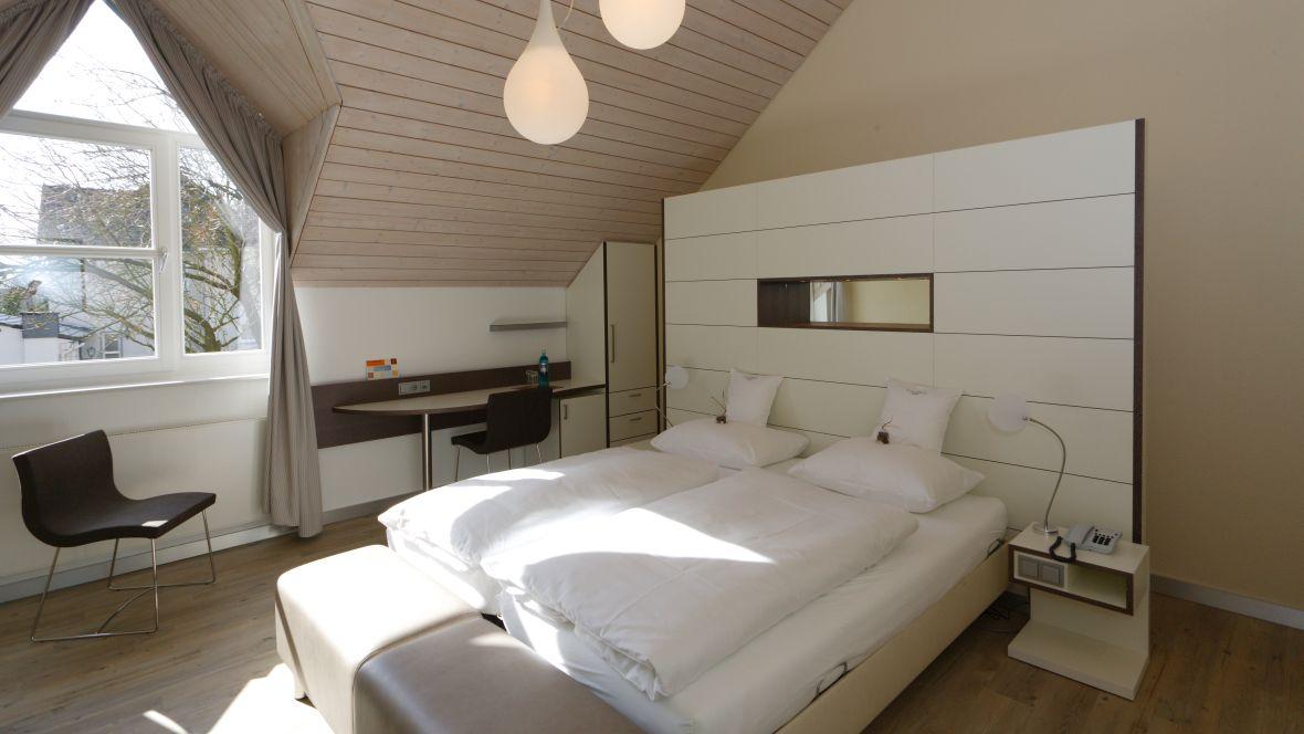 Flussbett_Hotel_Gütersloh