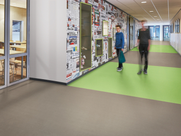 Acoustic vinyl flooring for schools