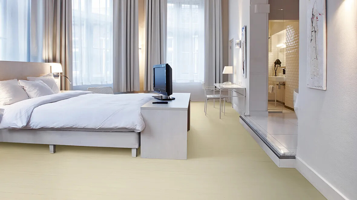 Marmoleum Striato Original 3575 white cliffs