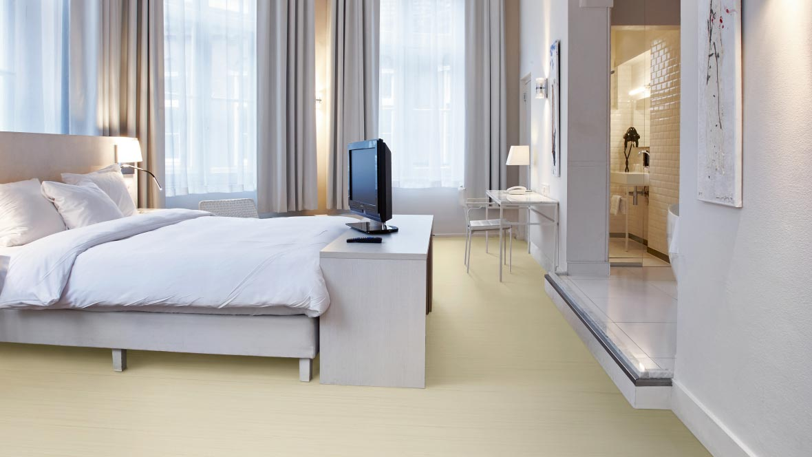Marmoleum Striato Original 3575 white cliffs bedroom