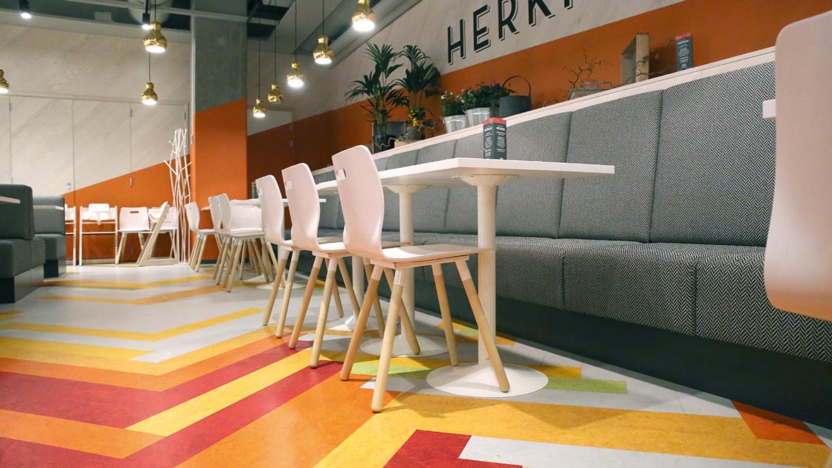 Inspiraatio ja referenssit for Floorplanner for restaurants