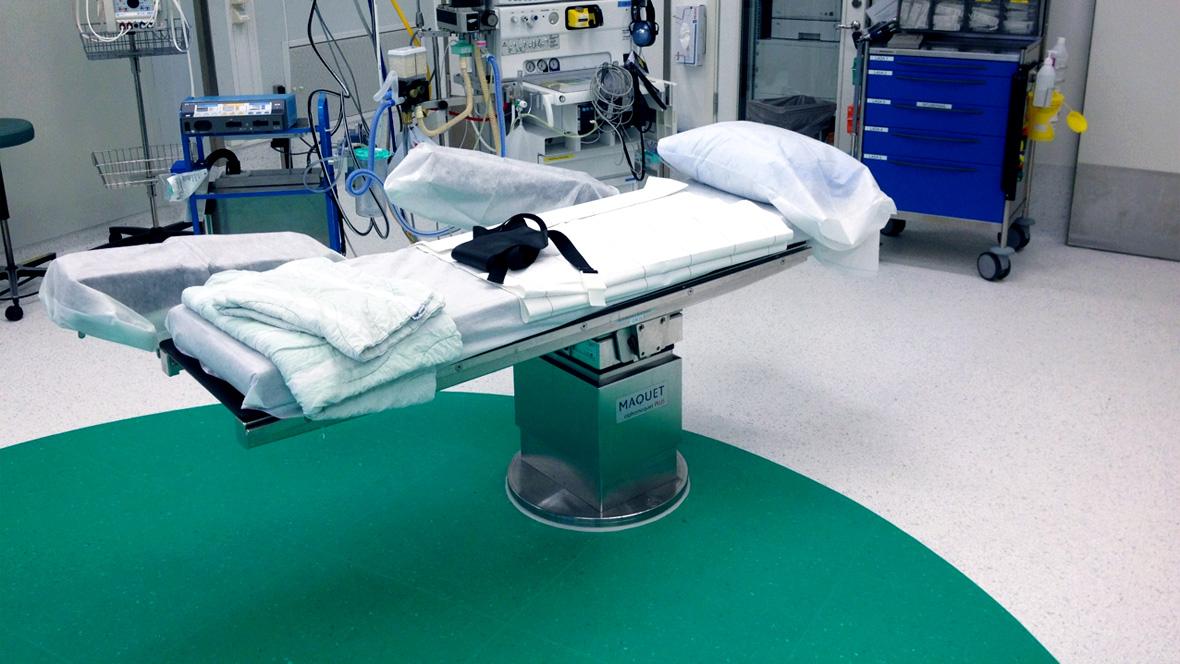 Mölndals sjukhus operationssal med Colorex och hygienzon i kontrastfärg