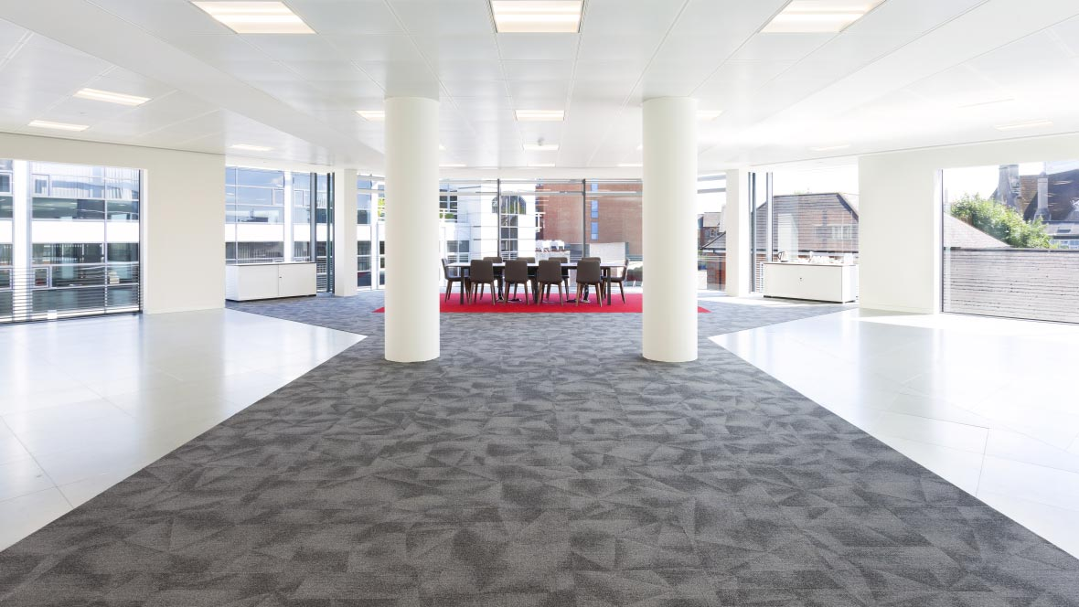 Tessera Diffusion carpet tiles