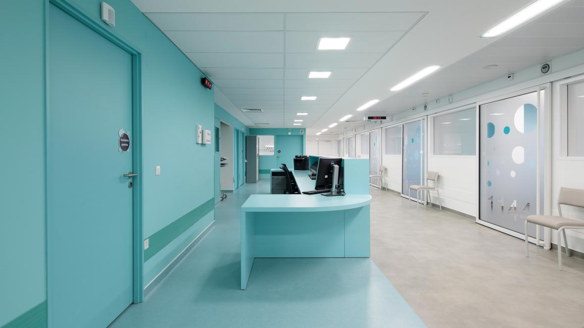 Parents infant hospital - marmoleum flooring