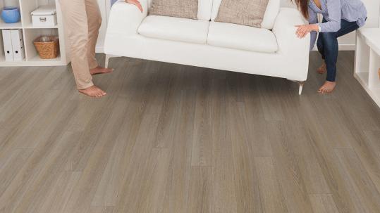 Revêtement de sol PVC professionnel et habitat lames et dalles | Forbo Flooring Systems