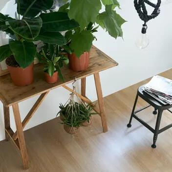 Modul'up habitat chêne 2 frises, revêtement de sol PVC acoustique pose non collée, Forbo Flooring Systems