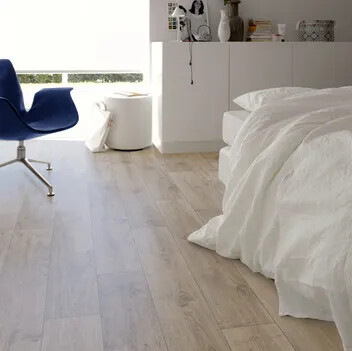 Revêtement de sol PVC Forbo Flooring Systems pose non collée  chêne vielli