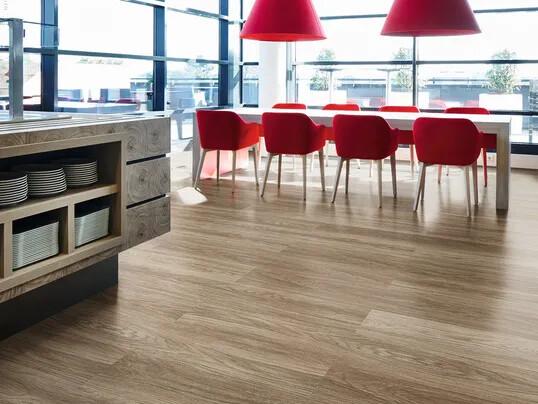Sarlon habitat +, revêtement de sol PVC en stock Forbo Flooring Systems