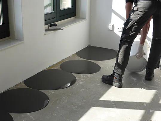 390 FloorColouring_Installation