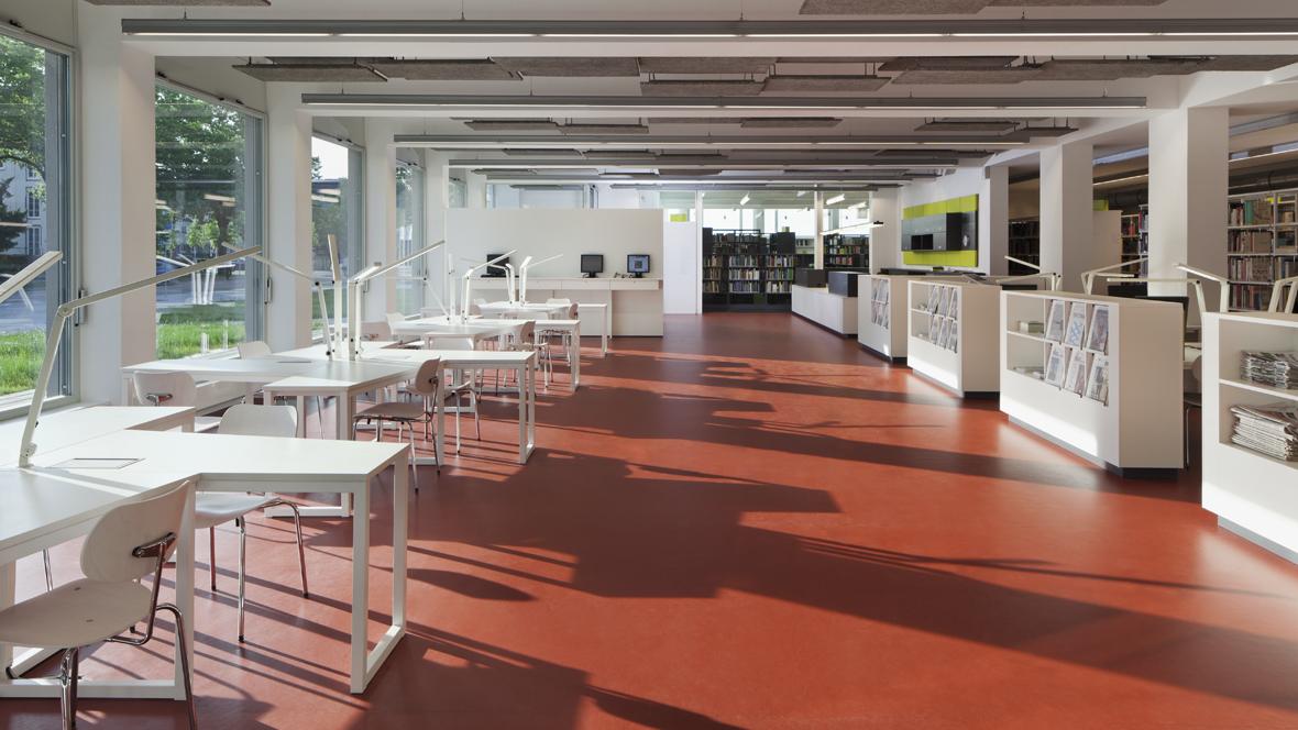 Bauhaus Dessau, picture DACH