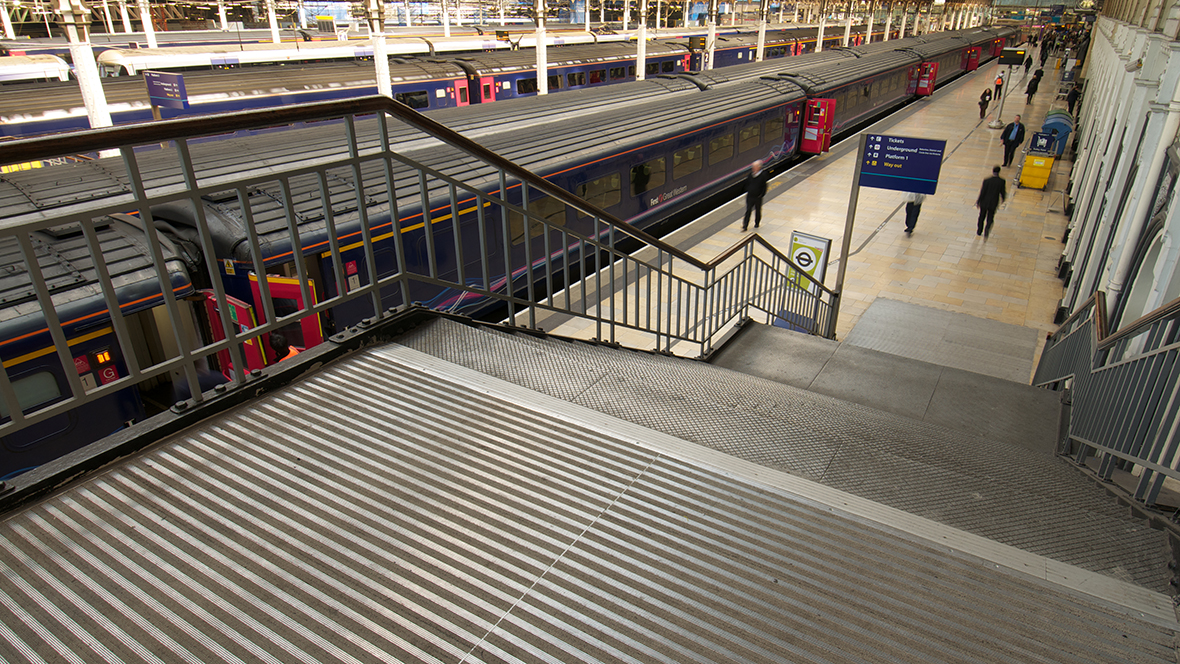 1183215_large_Paddington_Station_London_05