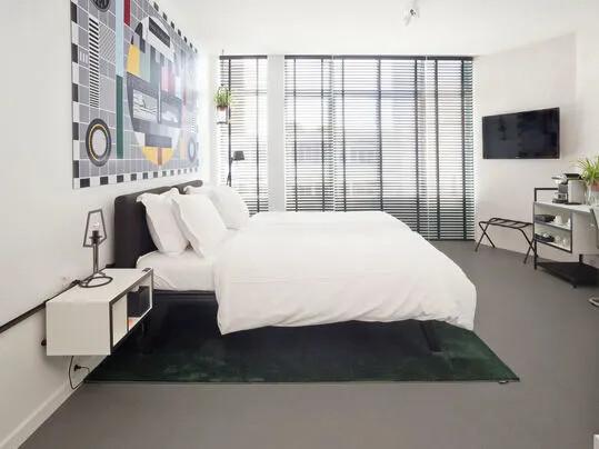 Revêtement de sol linoléum naturel pose collée hôtel   Forbo Flooring Systems