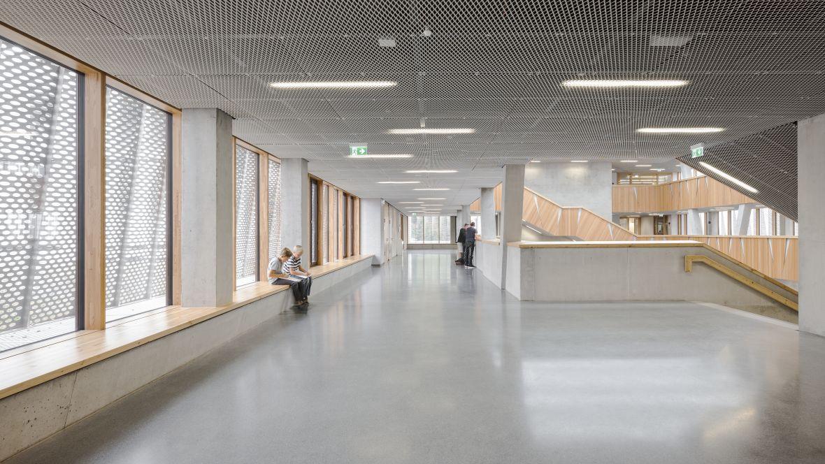 Hessenwaldschule school - marmoleum concrete flooring