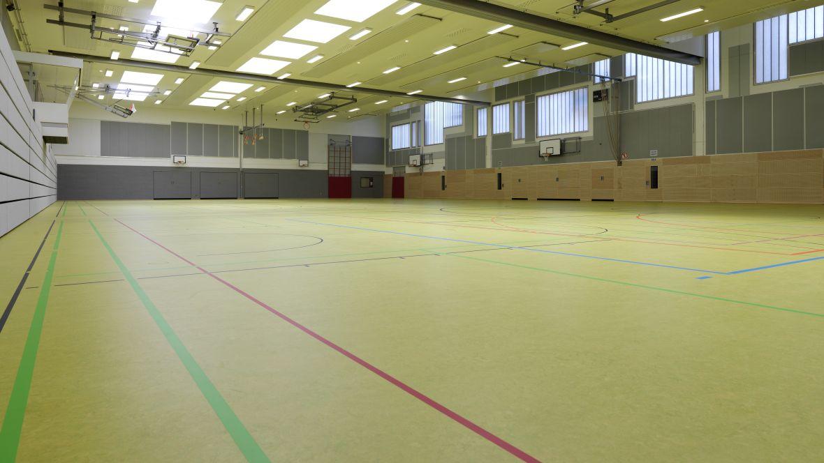 Forbo_Sporthalle_Geseke_Fotograf_Matthias-Groppe_Paderborn_83878_1180x664_(001).jpg