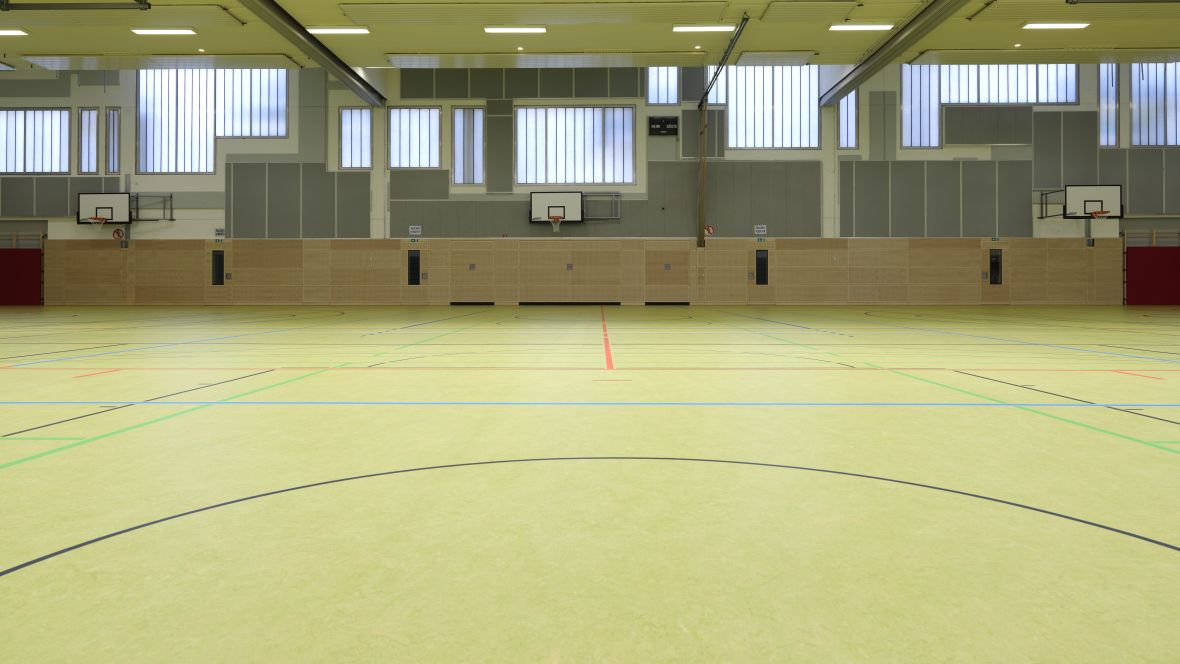 Forbo_Sporthalle_Geseke_Fotograf_Matthias-Groppe_Paderborn_83878_1180x664_(002).jpg