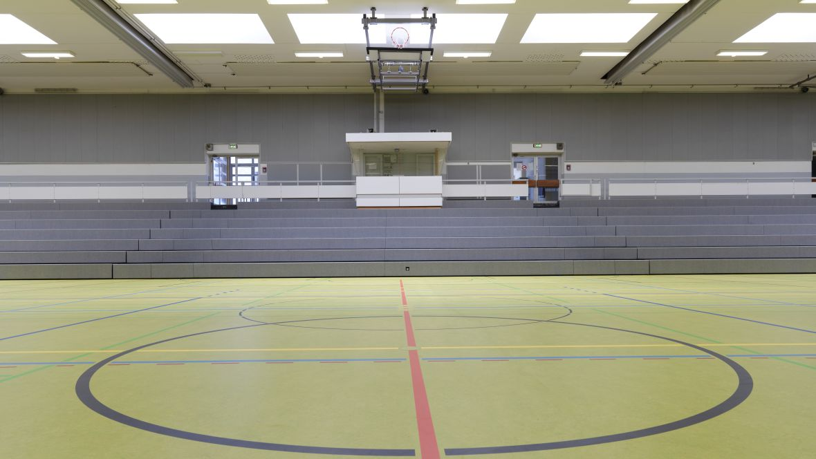 Forbo_Sporthalle_Geseke_Fotograf_Matthias-Groppe_Paderborn_83878_1180x664_(004).jpg