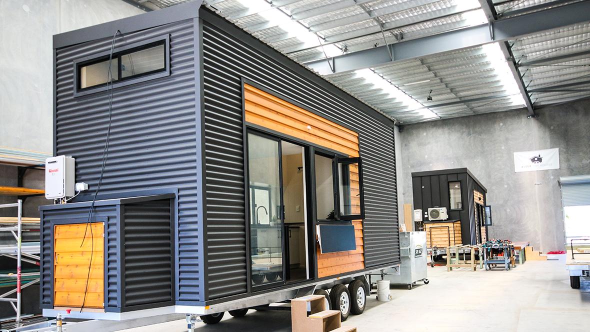 Aussie Tiny Houses – Yaroomba 7.2 - Marmoleum modular te5218