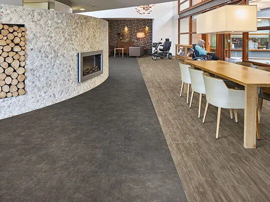 Revêtement de sol lames et dalles LVT | Forbo Flooring Systems