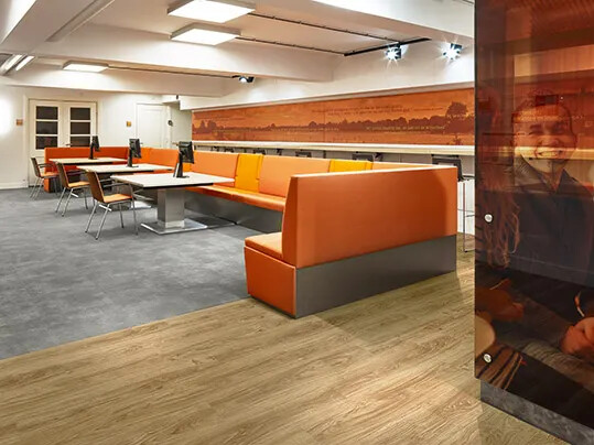 Revêtement de sol LVT acoustique dalles et lames | Forbo Flooring Systems