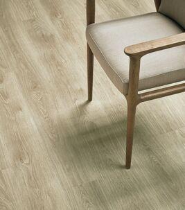 Revêtement de sol lames et dalles LVT pose sans colle | Forbo Flooring Systems