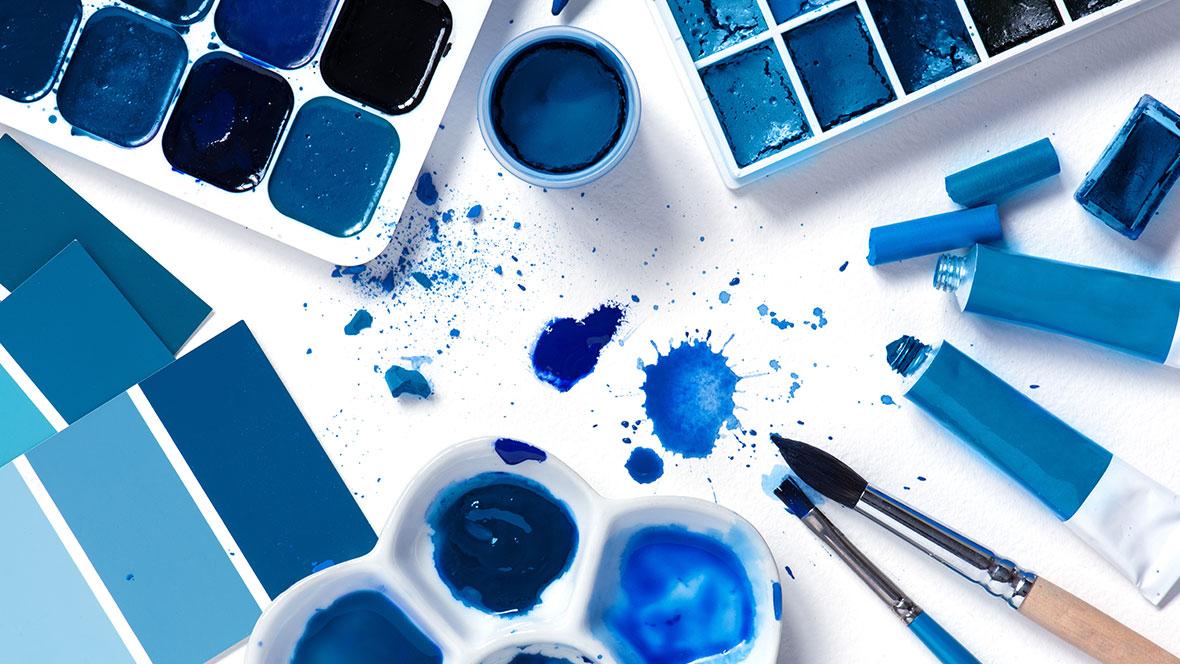 Classic Blue  - ©alinakho - AdobeStock