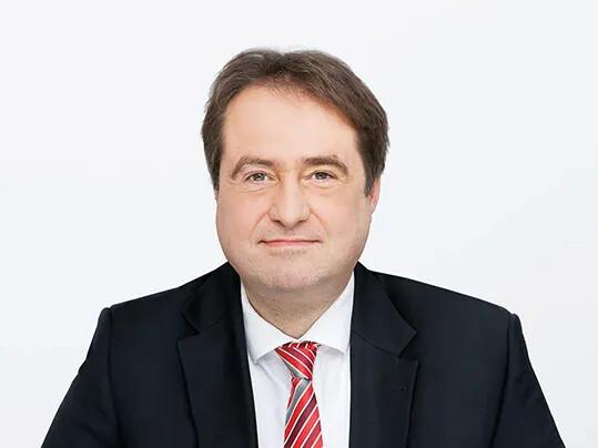Jean-Michel Wins