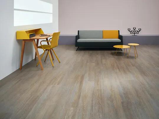 Sol imitant parquet, lames LVT | Forbo Flooring Systems