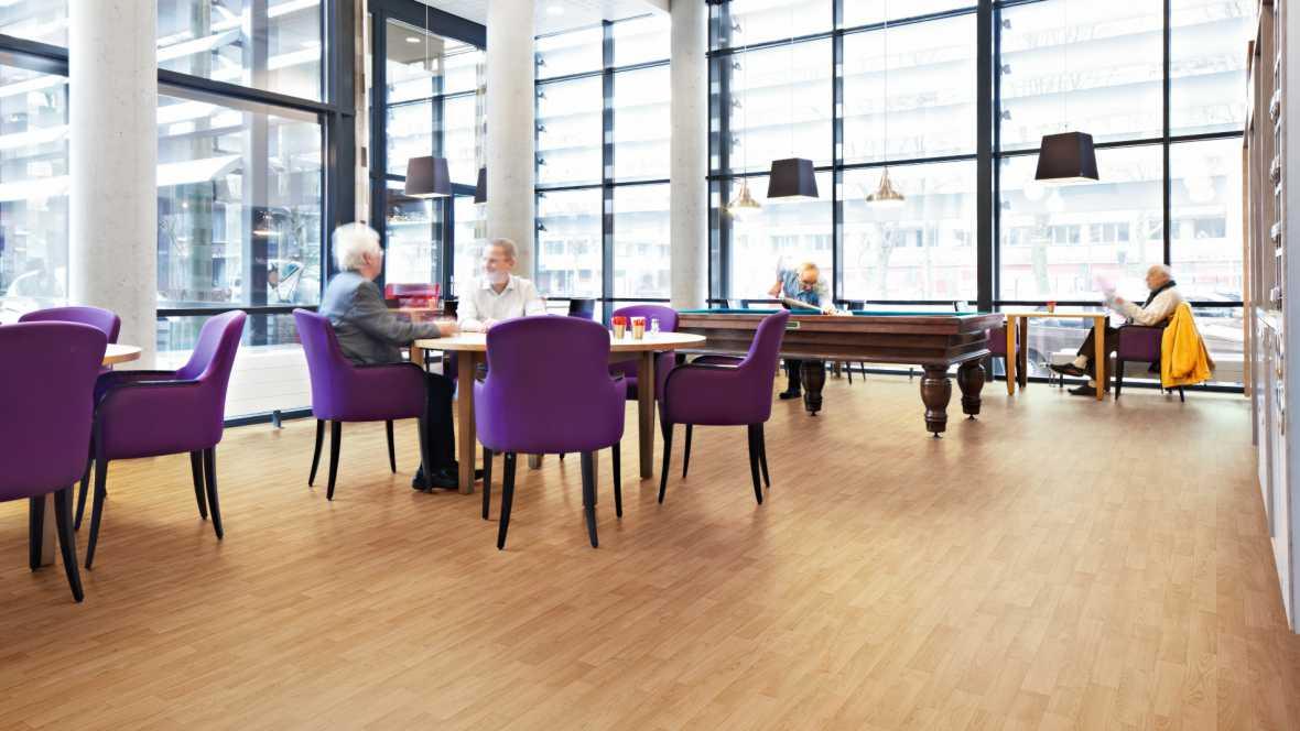 Forbo Bodenbeläge für den Altenpflegebereich