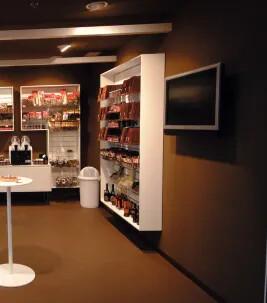 Marmoleum linoleumgolv i retailmiljö