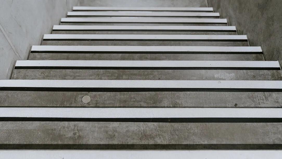Revêtement de sol | Staircase escalier | Forbo Flooring Systems