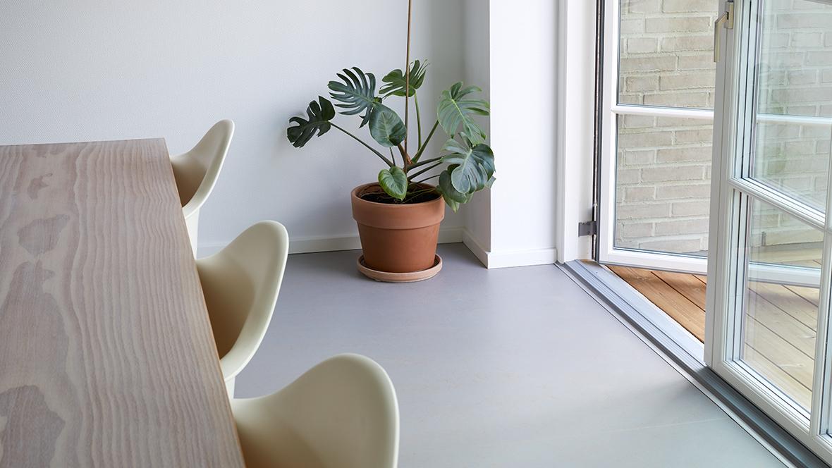 Mathias Mejlby private hjem marmoleum concrete