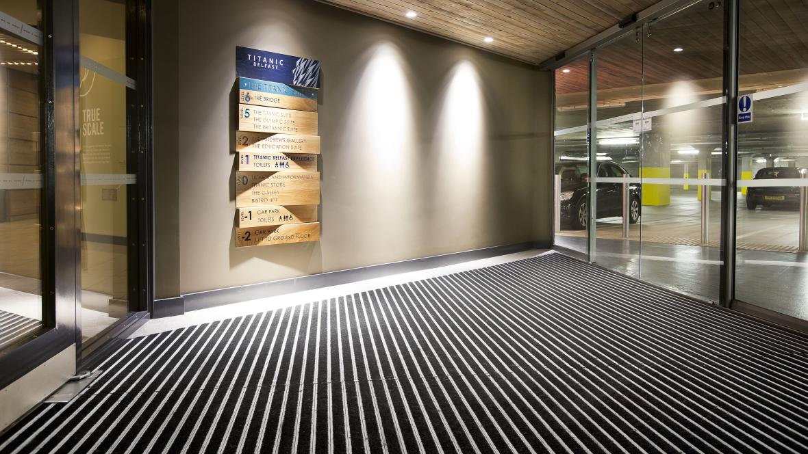 nuway entrance flooring forbo flooring systems uk. Black Bedroom Furniture Sets. Home Design Ideas