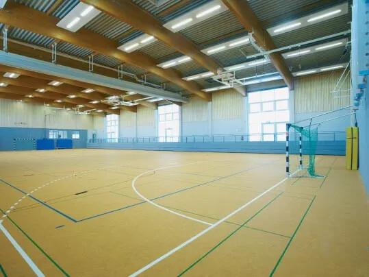 Linoleum Sport från Forbo Flooring Systems i sporthall