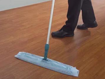 Novilon Reinigung und Pflege