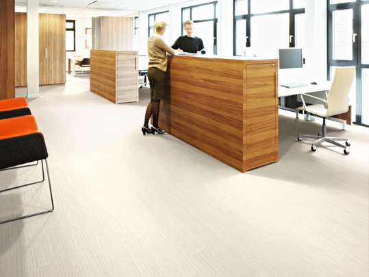 Allura Designbeläge in Büroumgebungen