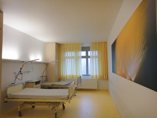 Forbo Linoleum in Patientenzimmern
